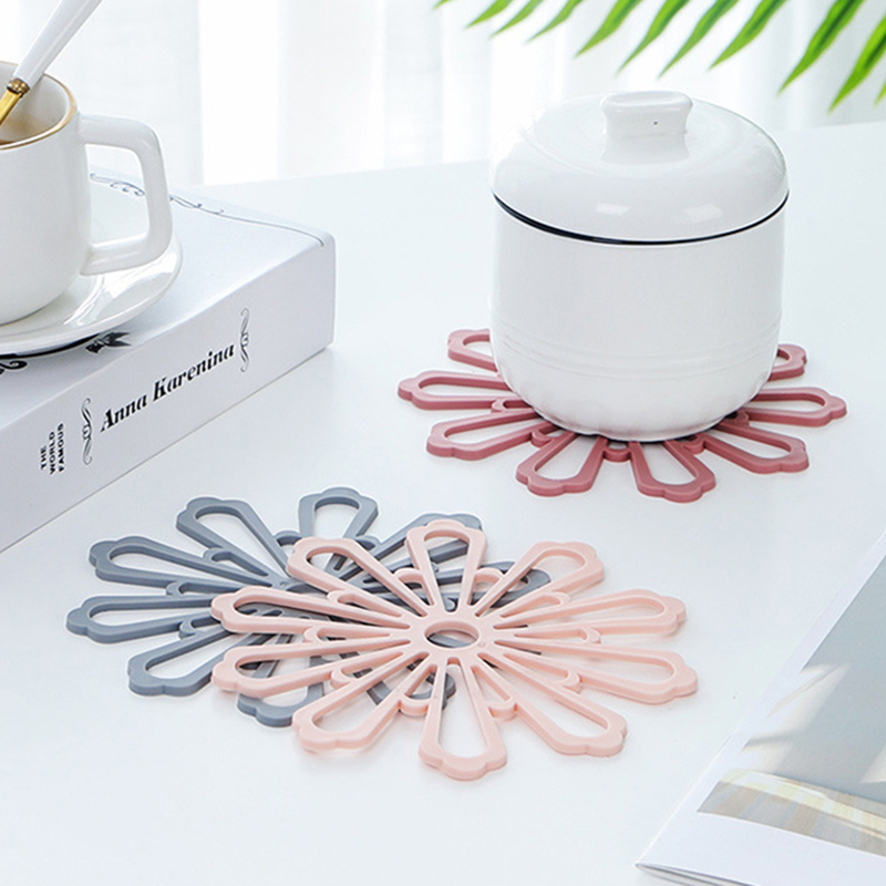 1PC Rubber Placemat for dining table cup coaster Kitchen Accessories Mat Cup Bar Mug Drink coasters Creative Home Supplies