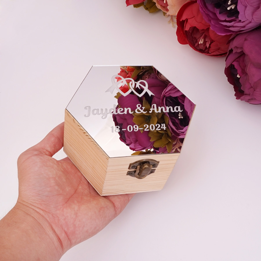 Hexagon Shape Acrylic Mirror Cover Box With Hearts Custom Name Date Party Gift Wood Boxes Wedding Candy Holder Display Decor