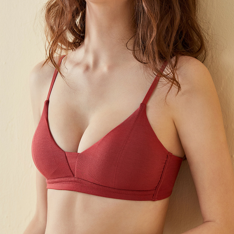 Roseheart Women New Fashion Red Yellow Bralette Wireless Seamless Cotton Cup A B Student Padded Cotton Maiden Bra Female Bras