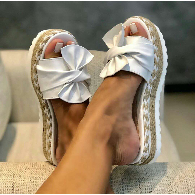 Women's Slippers; 2020 New Summer Outdoor Fashion Flat Heel Women's Shoes; Breathable, Non-slip, Wear-resistant Slippers