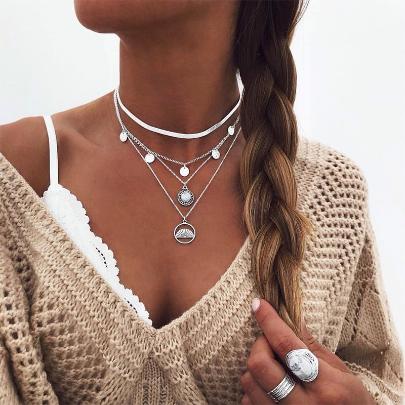 Fashion New Snake Chain Choker Sequins Tassel Lotus Sector Pendant Necklace for Women Gold Silver Color Layered Necklaces Simple