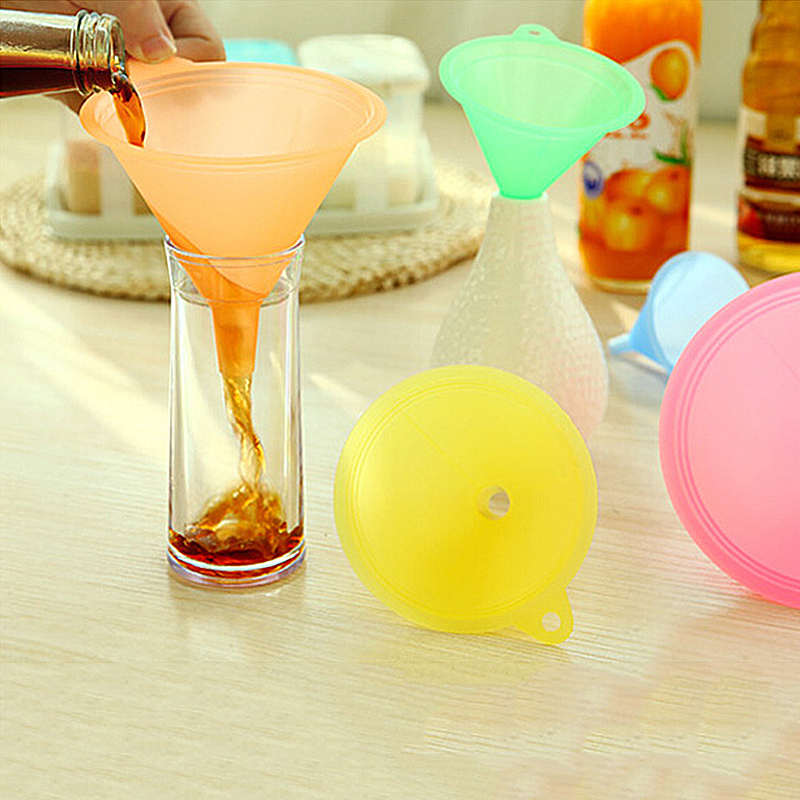 Oil-Funnel Kitchen-Tools Plastic Small Large Liquid 5pcs Variety-Set Colorful Medium title=