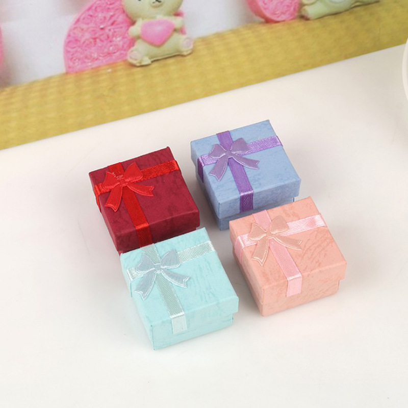 2019 New Style Candy-Colored Ring Box Wholesale Creative 4x4 Small Jewelry Gift Box Bow Jewlery Box
