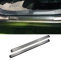 Paslanmaz çelik dış kapı eşikleri itişme koruma plakası eşik kapakları Trim 2 adet Subaru Forester için SK 2018 2019