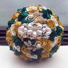WifeLai สีทองสีเขียวมรกตประดิษฐ์ Rose Bouquet เจ้าสาวเพชรริบบิ้นตกแต่งแต่งงานดอกไม้ W2913