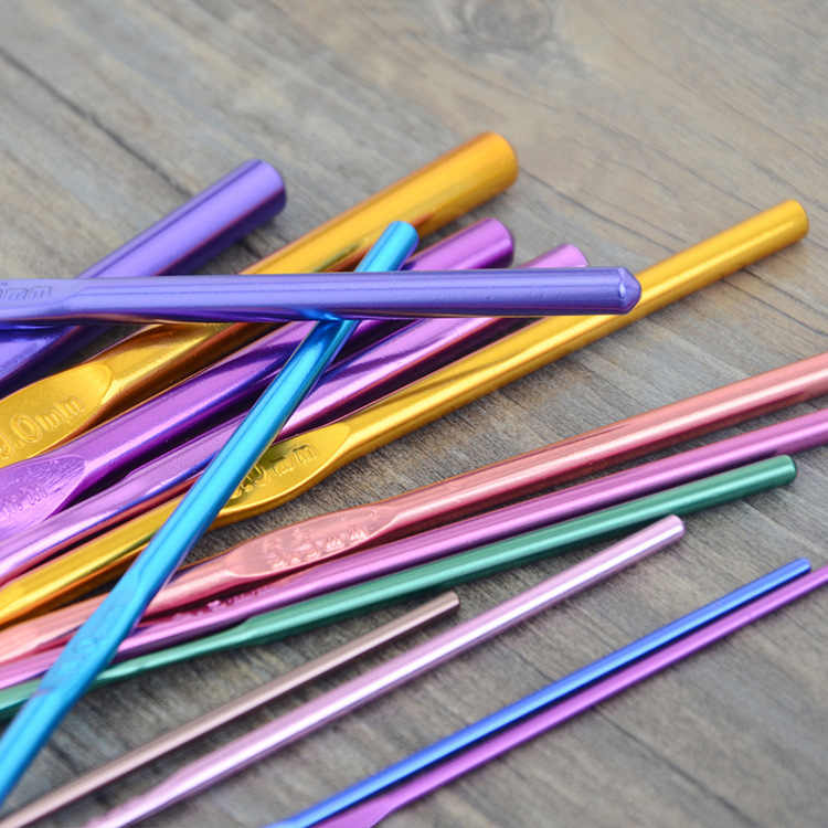1 sztuk/14 sztuk/zestaw pojedyncze głowy szydełka Alumina szydełka wielu kolor druty do Jumbo Braiding szydełka przyrządy do szycia