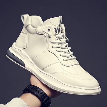 Buty z prawdziwej skóry męskie modne buty zimowe męskie buty moda codzienna czarne białe akcesoria do motoru buty męskie tanie i dobre opinie fuhaobang Podstawowe CN (pochodzenie) Skóra bydlęca ANKLE Stałe NONE Kożuch Okrągły nosek RUBBER Wiosna jesień Mieszkanie (≤1cm)