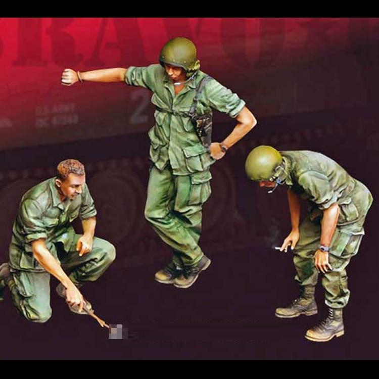 1//35 Resin Figure Model Kit Soviet Tank Crew 1939-1943 WWII WW2 Unpainted