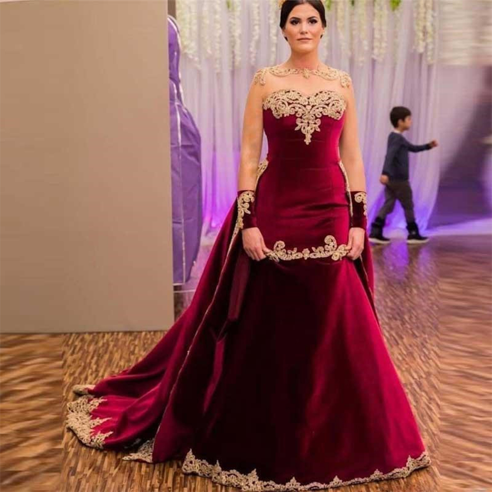 Sevintage Burgundy Arabic Dubai Celebrity Dresses Sheer Neck Long Sleeve Gold Lace Appliques Velvet Prom Gowns Robe De Soiree