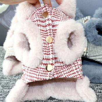 Veste à carreaux bleue ou rose