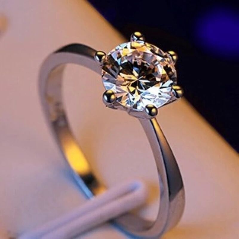 Manufacturer wholesale claw stone gold color ring Austria crystal zircon ring Christmas gift wedding women jewelry rings R096