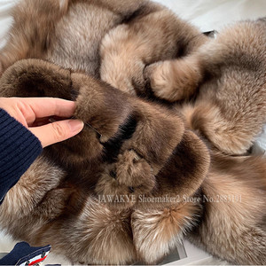 Image 4 - Luxurious Mink Fur Slippers One Strap Flat Feather Slides Outdoor 2020 Spring New Casual Mules Flipflops Coffee Brown Sandals