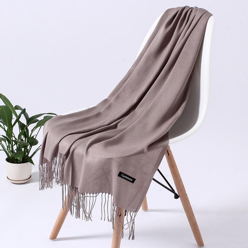 Однотонный кашемировый шарф для женщин новые длинные мягкие шали и палантины пашмины модные хиджаб с кисточками женские шейные шарфы - Цвет: 110g camel