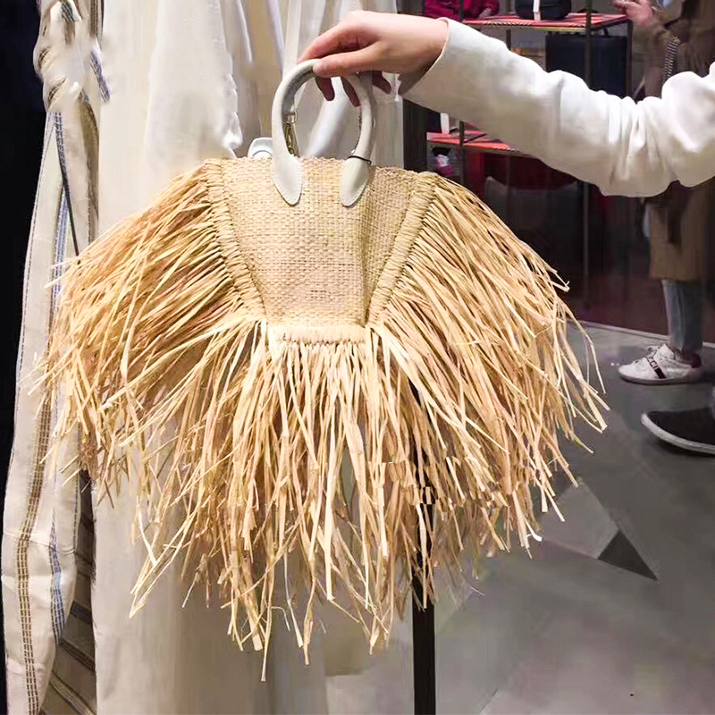 Fashion Tassel Straw Bags Rattan Weave Women Handbags Designer Luxury Handmade Paper Shoulder Crossbody Bags Summer Beach Purses