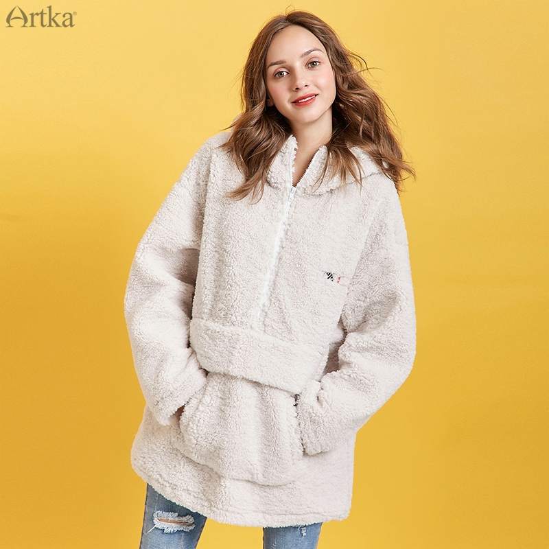 ARTKA 2019 Winter New Women Sweatshirt Thicken Teddy Plush Embroidery Hoodies Oversize Lambswool Sweatshirt Outwear WA10293D