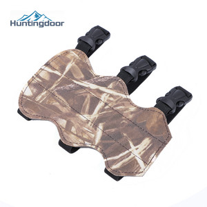 Archery Bow and Arrows Arm Guard Dead Leaves Camouflage Oxford Fabric Armguard Outdoor Hunting Shooting Arm Protector 3 straps