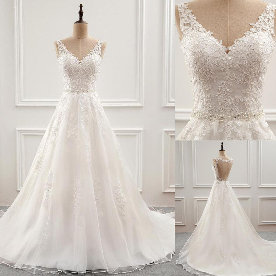 Fabulous Tulle V-neck A-Line Wedding Dress With Beaded Lace Applique Backless Button Sweep Train Bridal Dress Wedding Gown