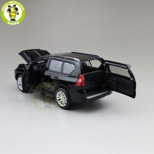 Image 5 - 1/32 CAIPO 2019 Land Cruiser Prado Diecast SUV 자동차 모델 완구 어린이를위한 사운드 조명 Pull Back gifts