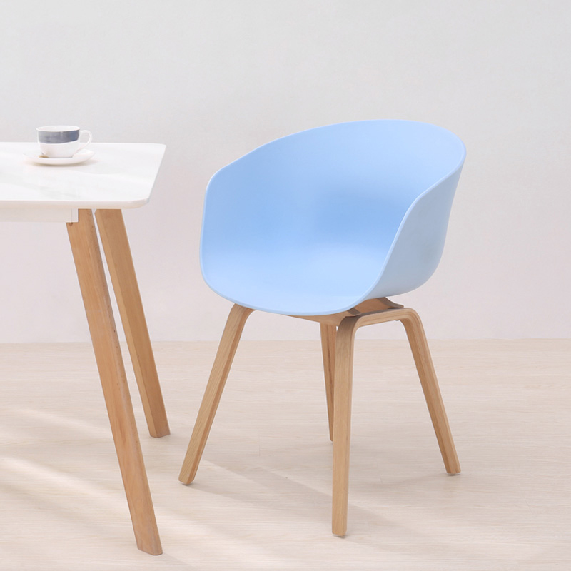 Modern PP Plastic Wrought Iron  Chairs Dining Chairs For Dining Rooms Nordic Restaurant Furniture  Bedroom Kitchen Plastic Chair