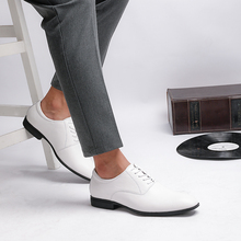 Brand Brogue Brown Red Black Men Business Dress Shoes Pointed Toe Men Wedding Shoes Leather Formal Shoes casual flats *6633 men shoes quality leather dress round toe shoe men brand brogue black business wedding casual shoes