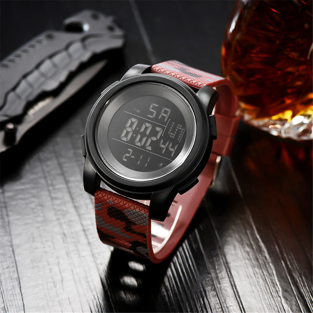 Luxury 2019 Sport Watch Men Fashion Outdoor Leisure Waterproof Electronic Watch 30 Meters Luminous Leather Band Watches Relogio
