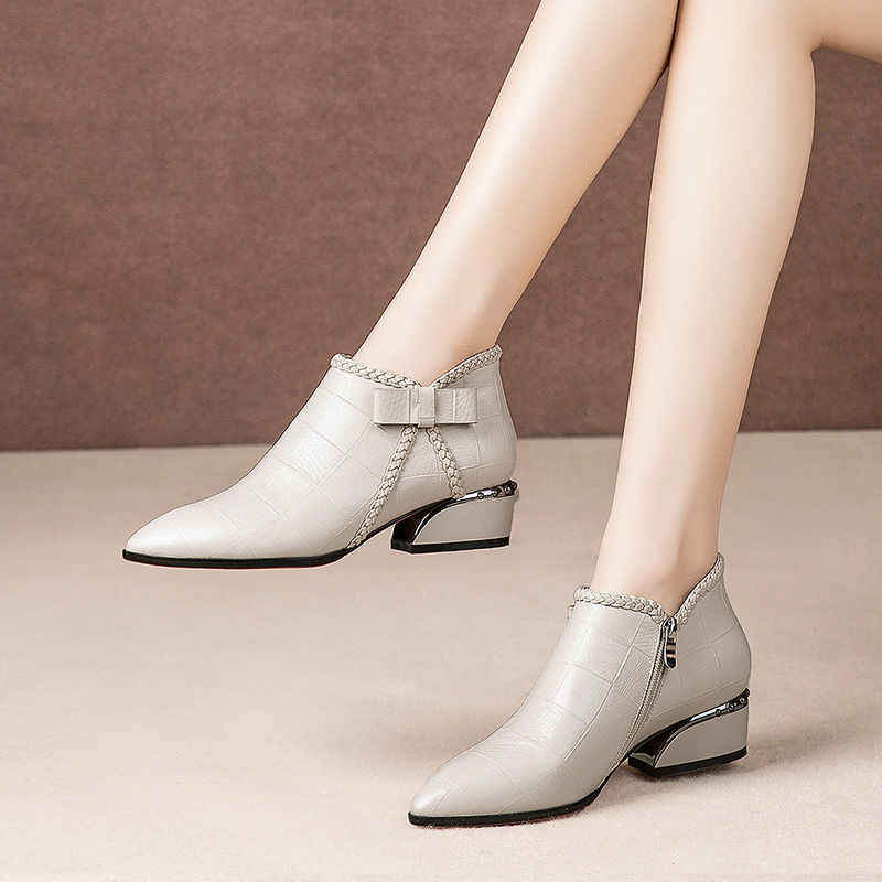Spitz Beige Platz Ferse Frauen Stiefel 2019 Mode Schmetterling-knoten Stiefeletten Zipper PU Leder Gummi Zapatos Mujer