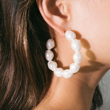 korean simple geometric earrings female pearl exaggerated C-shaped beaded earings fashion jewelry pendientes mujer