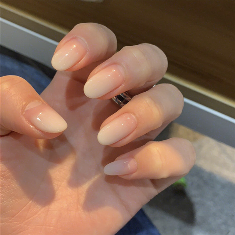 24pcs/Set White Gradient Fake Nails Simple Middle Long Round Head Girls Artificial Full Nail Art Tips Faux Ongles With Glue