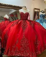 Sparkly Red Ball Gown Quinceanera Dresses with Dechable Sleeves Sweetheart Tulle Vintage Lace Applique Sweet 16 Dress Party Wear