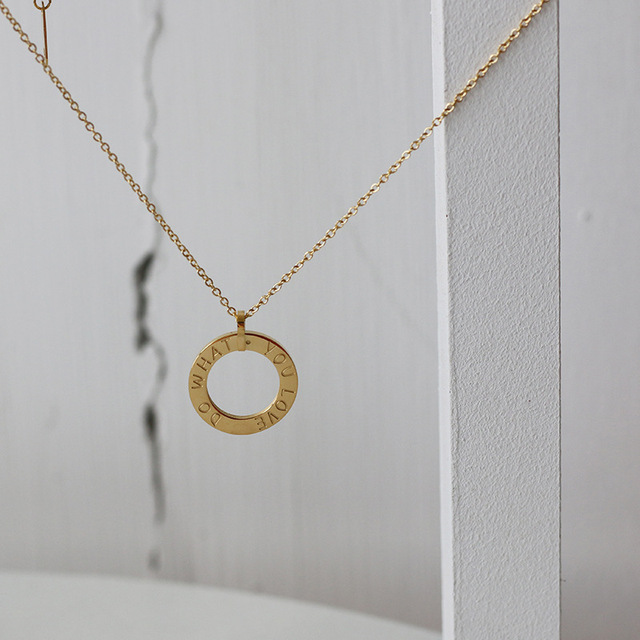 Amaiyllis 18K Gold Circle Letter LOVE Do What You Love Round Clavicle Necklace Pendants For Freindship Necklace Jewellry