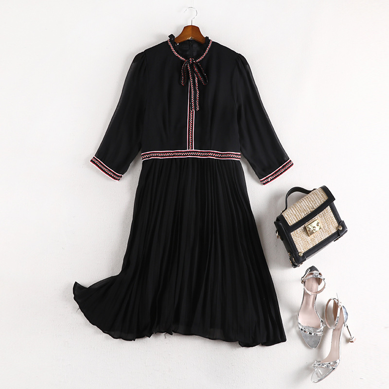 Lan Mu Square Large GIRL'S Size Large Size Dress Chiffon Skirt Fashion Pleated Dress Waist Hugging Slimming Belly Covering 10670
