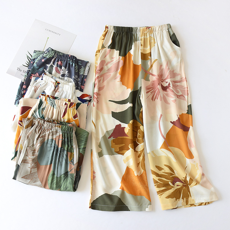 2020 New Ladies Summer Shorts Cropped Pants Thin Section Soft Artificial Cotton Loose Casual Home Pants Can Be Worn Outside
