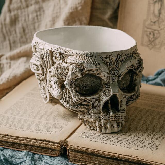 Résine artisanat tête de crâne Pot de fleur Sculpture Halloween fête décor crâne Sculpture cendrier ornements accessoires de décoration de la maison