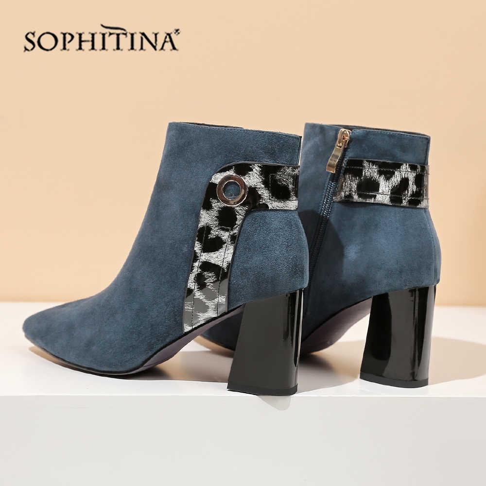 SOPHITINA seksi sivri burun çizmesi yüksek kaliteli çocuk süet rahat yuvarlak topuk özel leopar ayakkabı kadın yarım çizmeler SO250