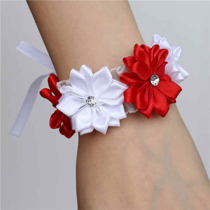 6 Piece/lot Putih Merah Tangan Pergelangan Tangan Bunga Satin Rose Bride Bridesmaid Pergelangan Tangan Korsase Gelang Pernikahan Tangan Prom Accessoirs SW0678-Z