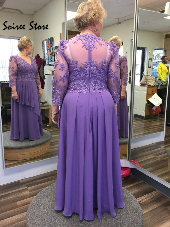 Cheap Mother Of The Bride Dresses Plus Size Lilac Floor Length Chiffon Party Gowns Sexy V Neck Long Sleeve Groom Mom Skirts 2020