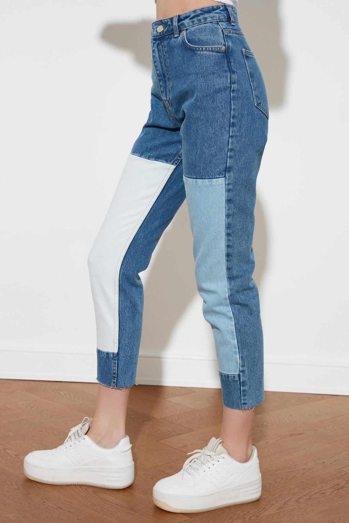 Trendyol With Color Block High Bel Mom Jeans TWOSS21JE0382