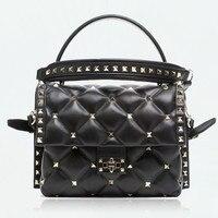 Famous Italian High Fashion Brand Fashion and Classic Fusion Design Handbags Women Rivet Shoulder Bags Plaid Hit Color Tote Bags