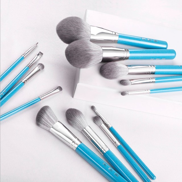 13pcs/set Blue Makeup brushes whole set Big Powder Blusher sculpting Eyeshadow make up kit smudge highlighter eyebrow lip brush 2