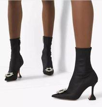 Женские ботинки тонкие черные в английском стиле на весну и