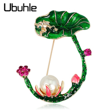 Cute Frog Jump on Lotus Brooch Flower Green Leaves Big Pearl Enamel Animal Brooches for Women Clothes Pins Jewelry Accessories cute brooch green enamel cactus brooches