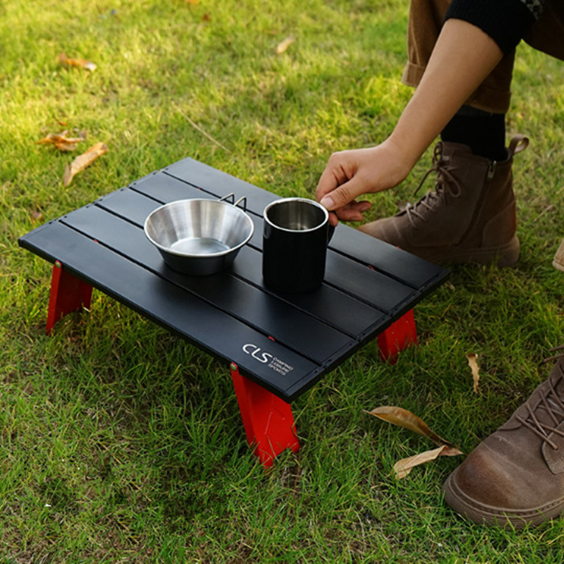 Novo mini preto liga de alumínio ao ar livre mesa dobrável móveis churrasco barraca acampamento cama do agregado familiar mesa do computador dobrável