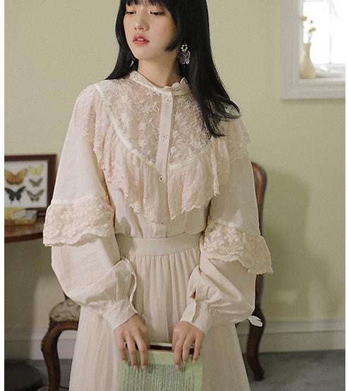 Elegant Women Shirt Autumn Hollow Out Lace Shirts Femme Sexy Ruffles Blouses Lady Lace Tops