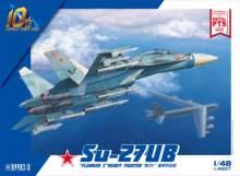 Great Wall Hobby L4827 1/48 scale Russian Su-27UB