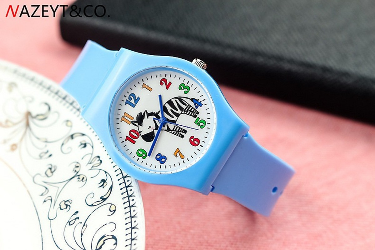 Fashionable Contracted New Male And Female Student Cartoon Animal Zebra Color Scale Jelly Table Silica Gel Quartz Watch