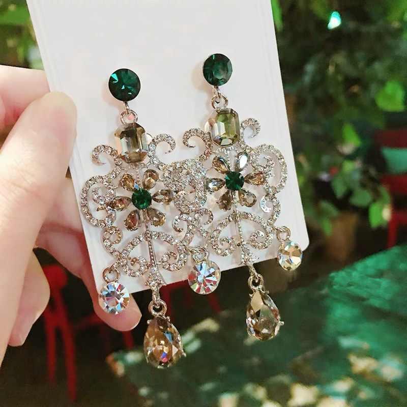 Mengjiqiao Nieuwe Vintage Paleis Stijl Bloem Crystal Pendientes Mujer Moda Verklaring Drop Oorbellen Partij Sieraden
