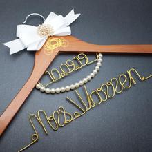 Персонализированная Свадебная Вешалка на заказ вешалка для платья с гравировкой имени и даты Очаровательная вешалка для одежды свадебный подарок для невесты