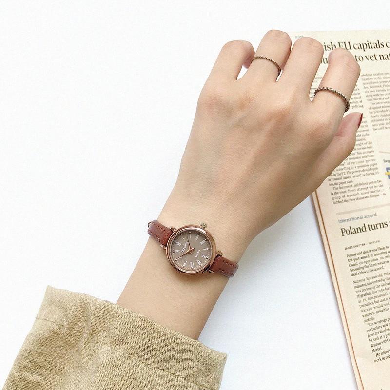 Rétro marron femmes montres qualités petites dames montres Vintage en cuir Bracelet montre 2019 marque de mode femme horloge