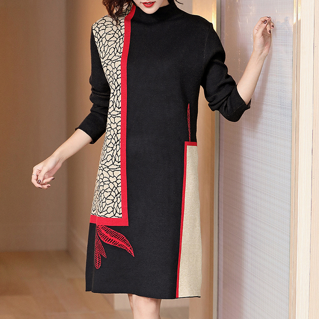 Fashion show thin knitting dress long sleeves loose female in the new winter long knee-length hair dress 3