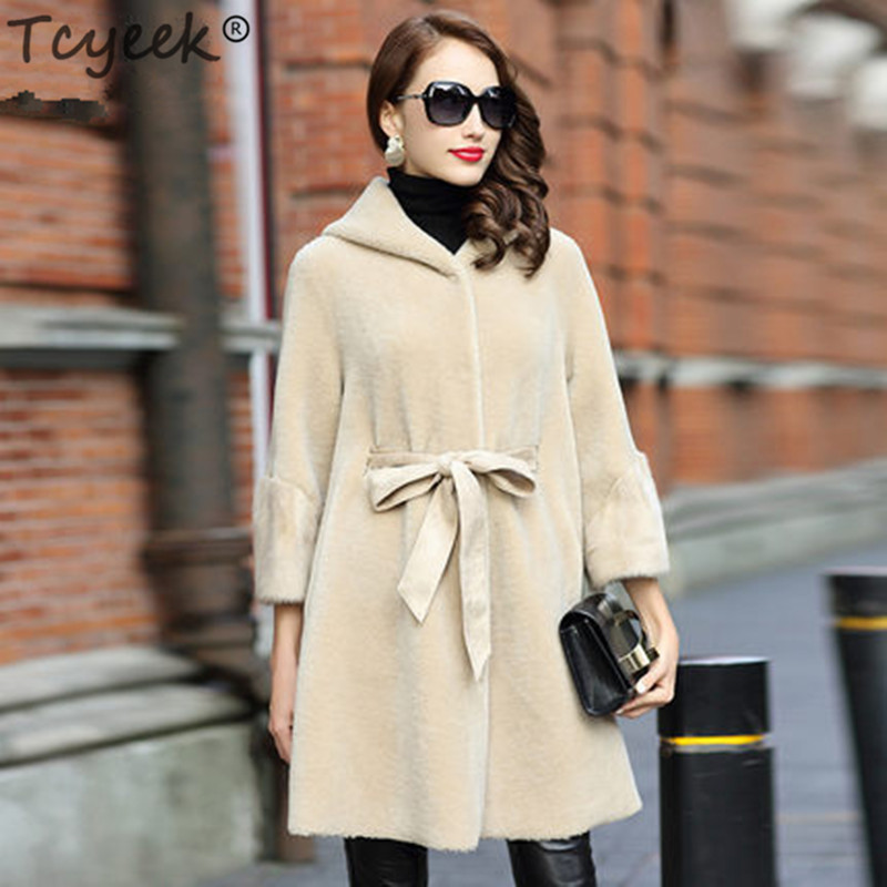 Real Sheep Shearing Fur Coat Female Natural Wool Jackets Women Autumn Winter Long Warm Clothes Mink Fur Cuff 2020 LWL1375